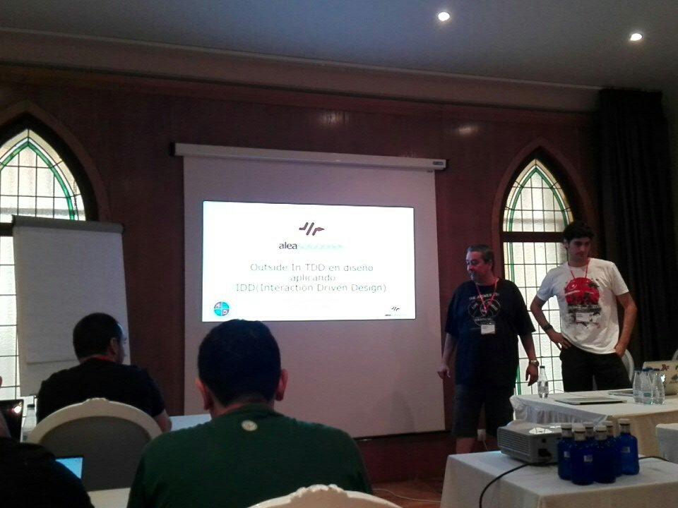 Arranca el taller de IDD con @APA42 y @regiluze en @pamplonaswcraft //@AleaSolucionesS