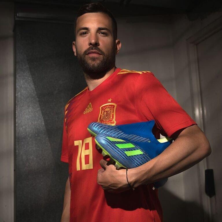 ¡Nuevas botas para un nuevo Mundial! #X18  @adidasfootball.  #HereToCreate #createdwithadidas @adidas_ES @SeFutbol