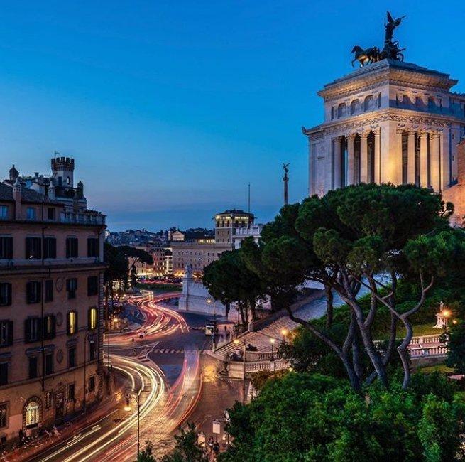A #Roma i tramonti sono intramontabili (Foto rperazz via Instagram) #experienceRome #visitrome #visitroma