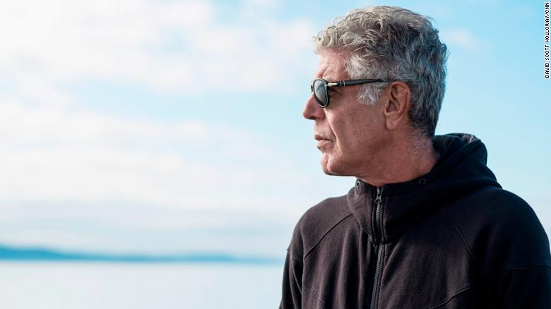 "BREAKING: Anthony Bourdain of CNN's ""Parts Unknown"" is dead. The chef, storyteller and Emmy-winning host has committed suicide at age 61, CNN confirms https://t.co/kUSmSJZXNm https://t.co/VyZyfh5my2"