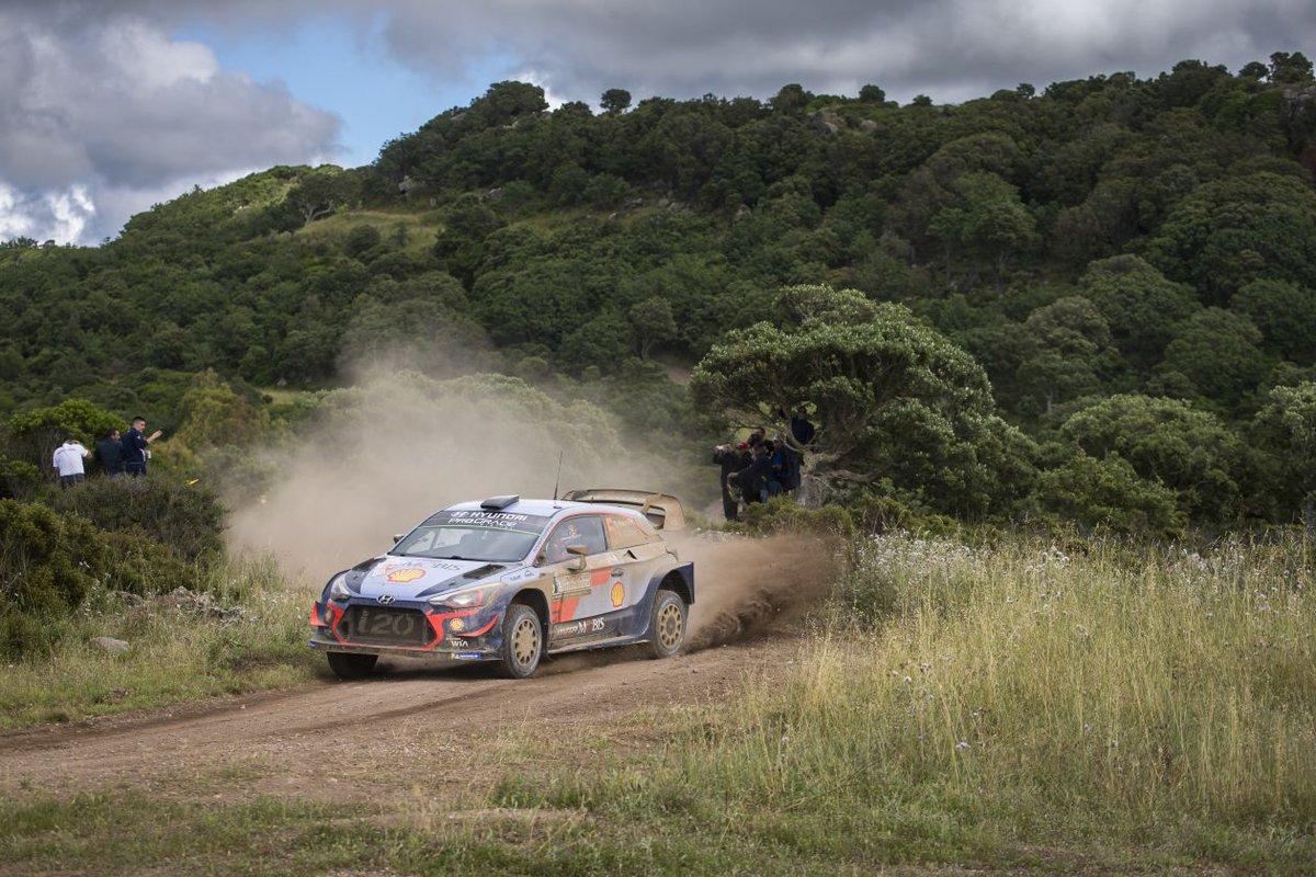 WRC RALLYE TOUR D'ITALIE - Page 2 DfL1ZAbX0AASKMK
