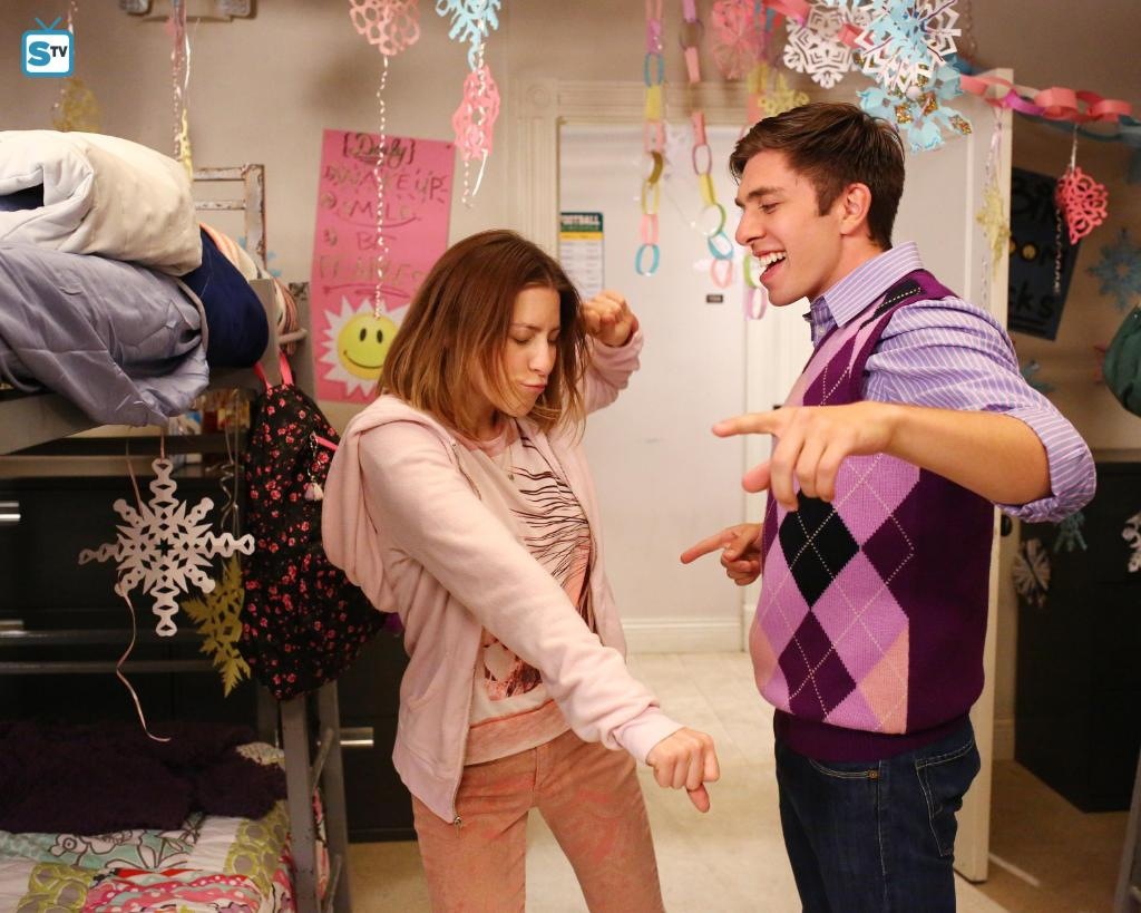 Everyone should have a person they can be 100% themselves with. Happy #NationalBestFriendsDay from Brad and Sue! #TheMiddle