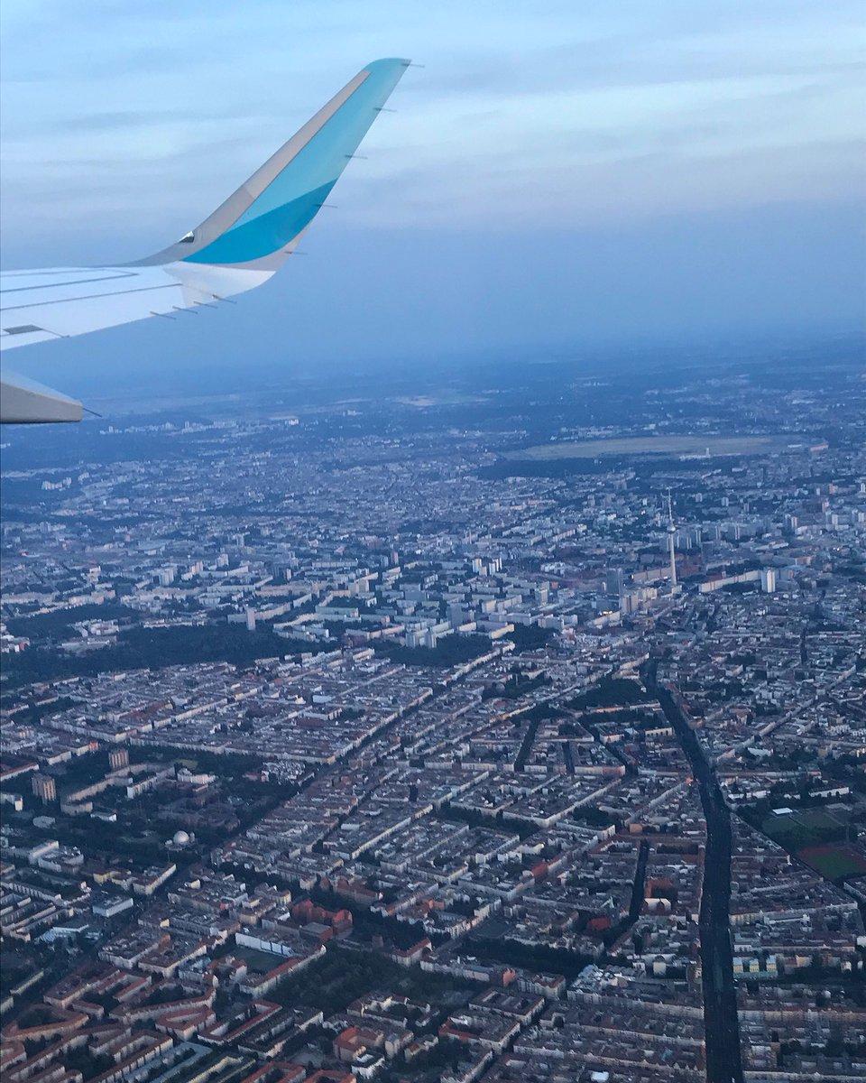 Tschüß, #Berlin! #Fernsehturm #Vogelperspektive #IFlyEurowings @eurowings @visitberlin @BerlinTourism https://t.co/7mxKNdC9RG