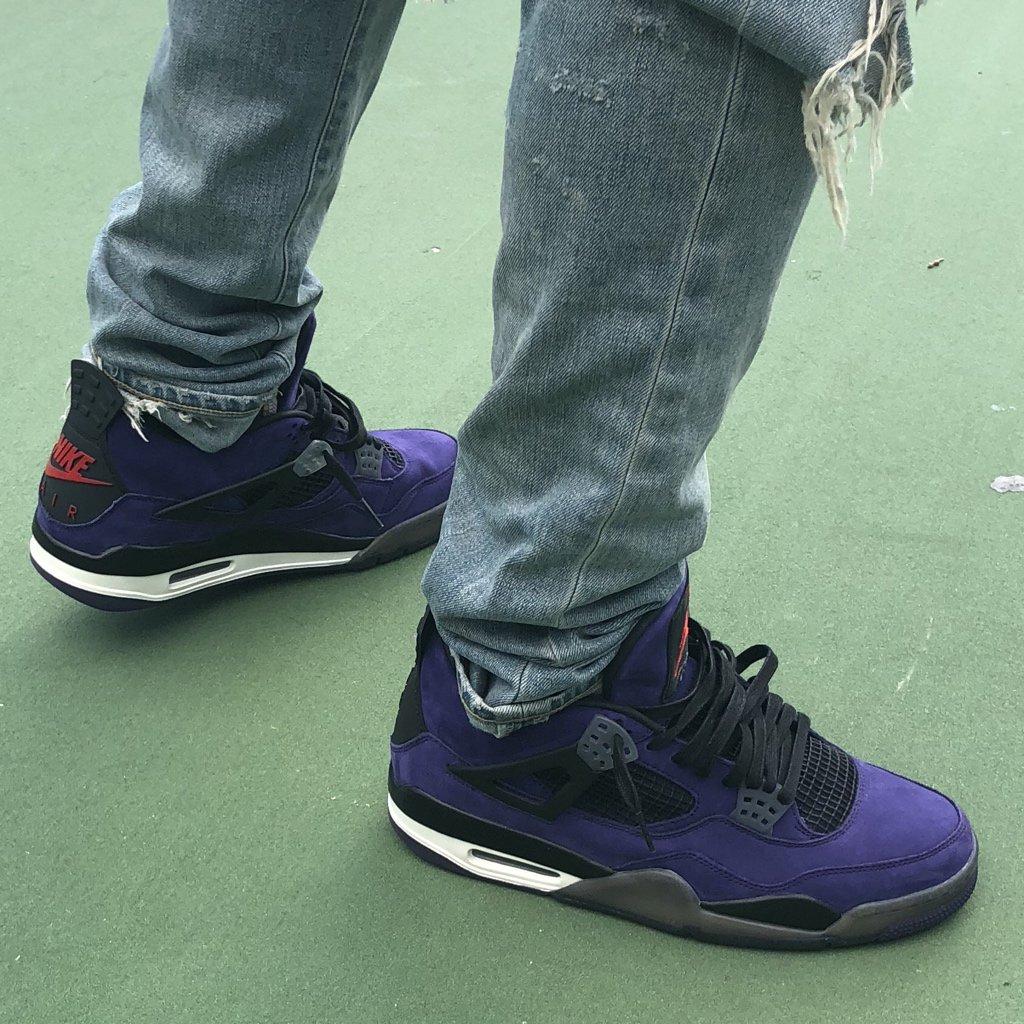 f2927dae660 Purple Travis Scott x @Jumpman23 Air Jordan 4's 👀 👀 👀  pic.twitter.com/SDOOezcqml