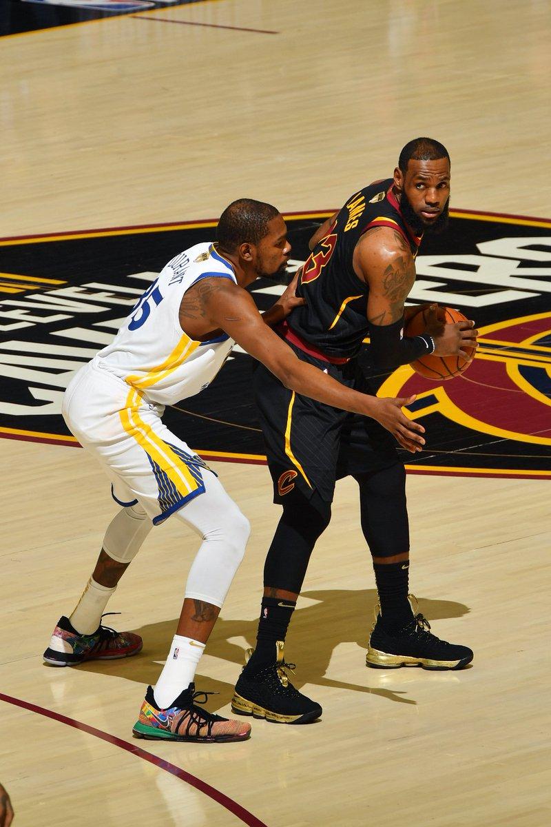 52b2608c0b89 KingJames wearing the Nike LeBron 15 PE in Game 4  NBAFinalspic.twitter .com Lx4cbLmu9n