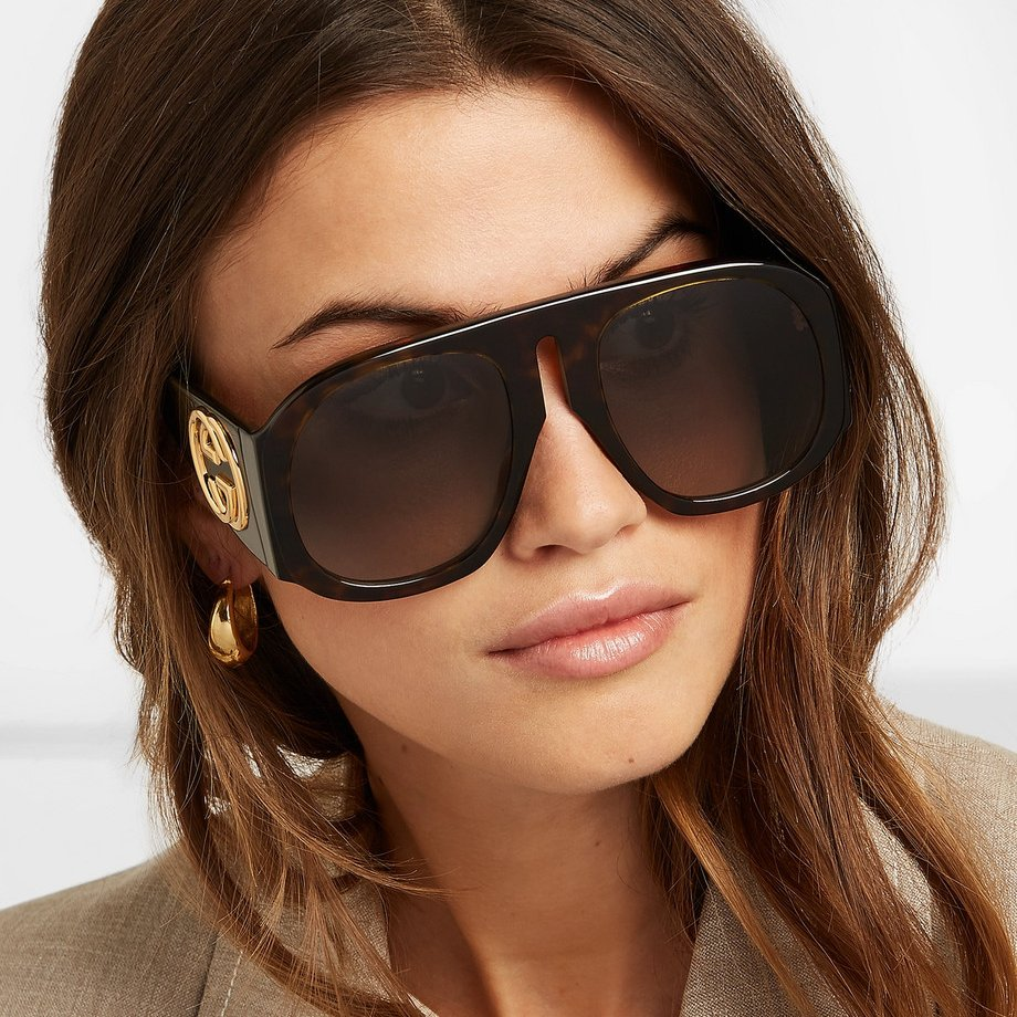 ab552e2e54a ... this oversized pair is made from glossy tortoiseshell acetate and has  geometric D-frames. Sunglasses Gucci GG0152S  gucci  sunglasses  fashion ...