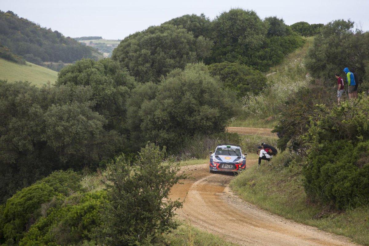 WRC RALLYE TOUR D'ITALIE - Page 2 DfPRVYvXUAAu2pp