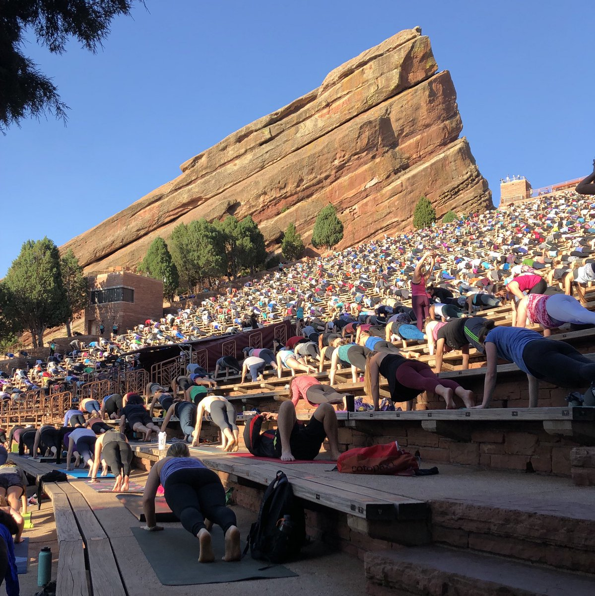 Red Rocks Park And Amphitheatre On Twitter A Perfect Morning For Yoga On The Rocks At Redrocksco
