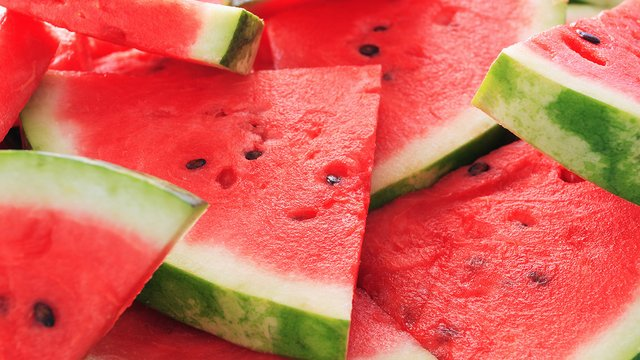 RECALL: If you've purchased pre-cut melons at Walmart, Costco, Whole Foods, Sprouts, Trader Joe's, Walgreens and Kroger stores, you're urged to throw them away if you live in these states: https://t.co/wtgpMCrNu5