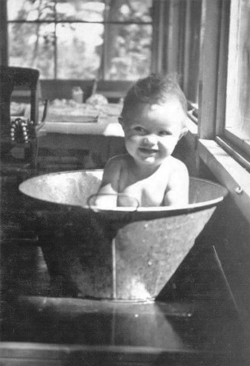 L'Heure du bain autrefois DfRWzcUWAAgn6v9