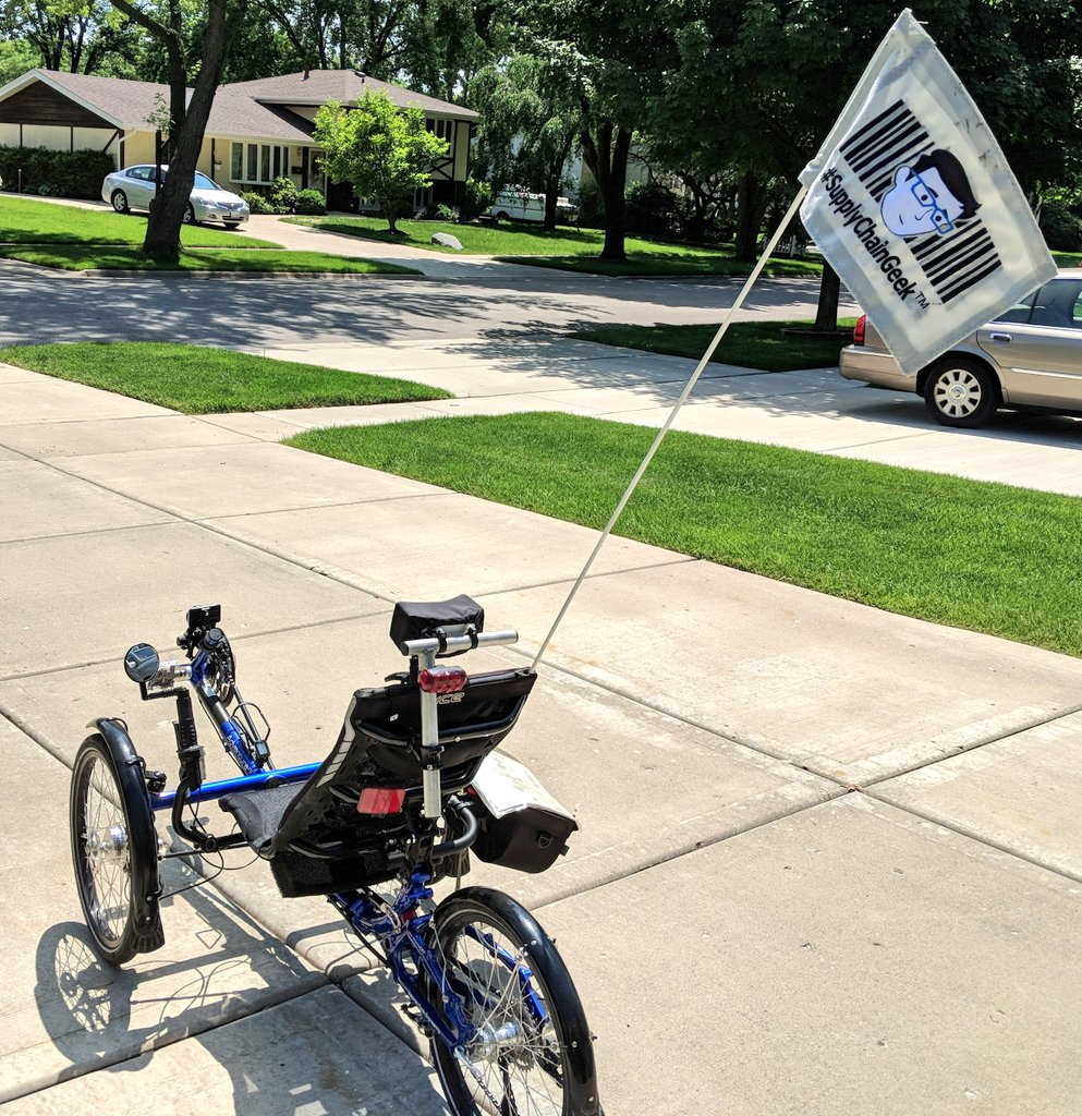 Ready for the @TourdeCureChi. @SupplyChainGeek flag installed on the trike. <br>http://pic.twitter.com/YmyP51sMOg