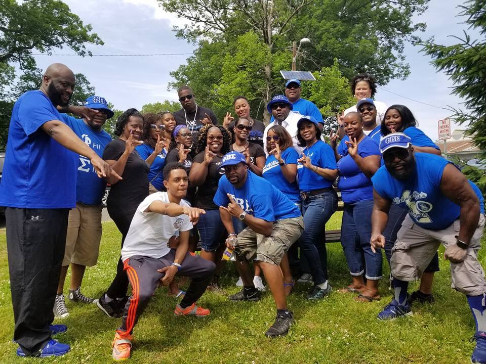 test Twitter Media - The ladies of Rho Tau Zeta having a good time with our brothers of Chi Sigma at the Paterson Greek Community Picnic https://t.co/AYuHIjugJQ