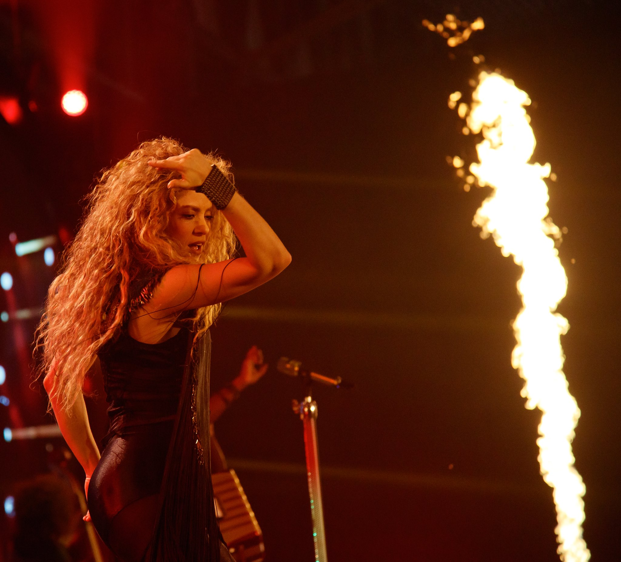 Thank you Amsterdam! You were ��! Shak https://t.co/h633Wkm9mS