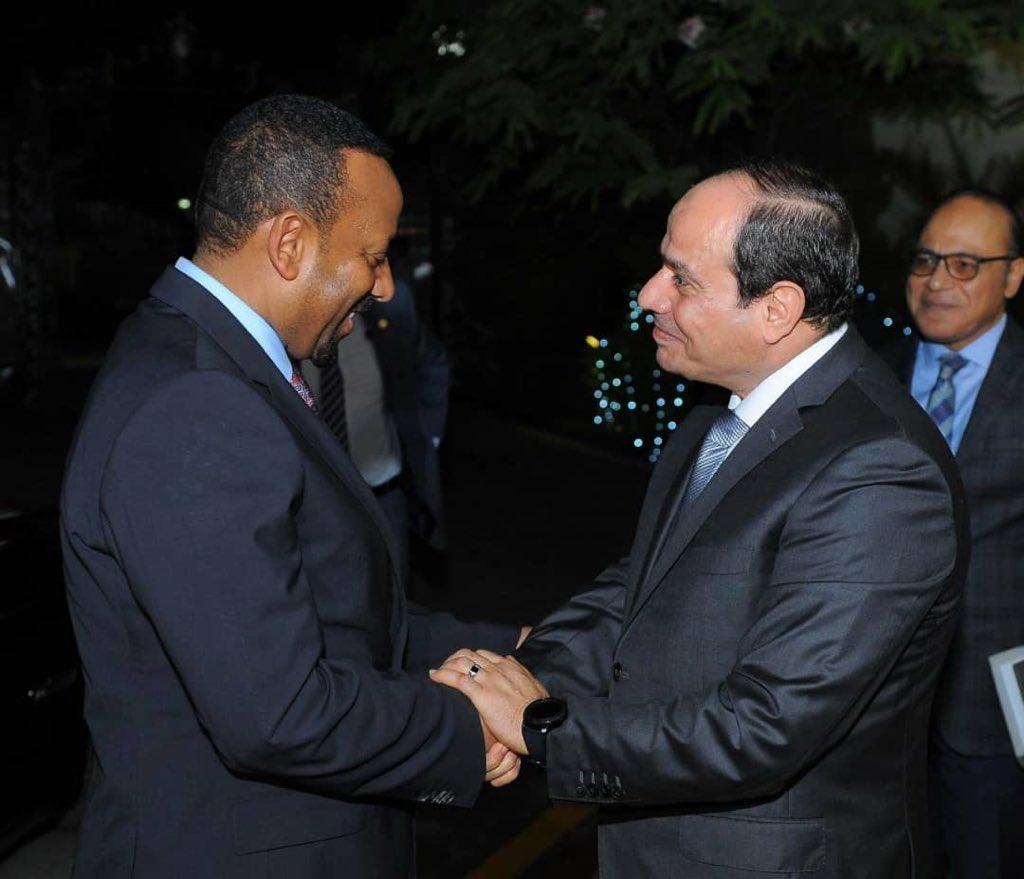 أسوشيتيد برس: مصر تُظهر «العين الحمراء» لإثيوبيا في أزمة «سد النهضة» DfSWR2jWkAA78mP