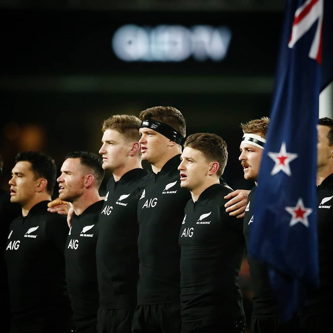 Great way to start the @allblacks season with a good W at a packed Eden Park. Special to do it along side my little bros too.