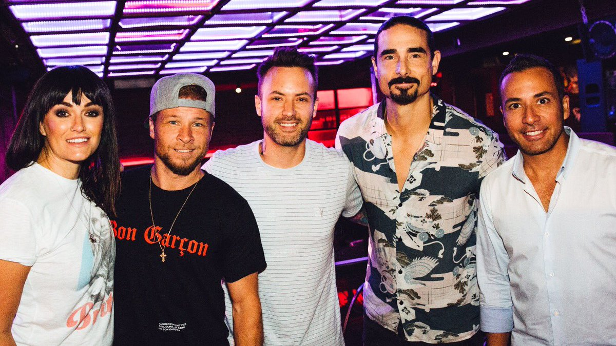 Great to hang and chat with these fellas. Congrats @backstreetboys and @floridageorgialine on the #1 #godyourmamaandme  @bigloud @tilKJisSinginLa <br>http://pic.twitter.com/kIPT8I11LT