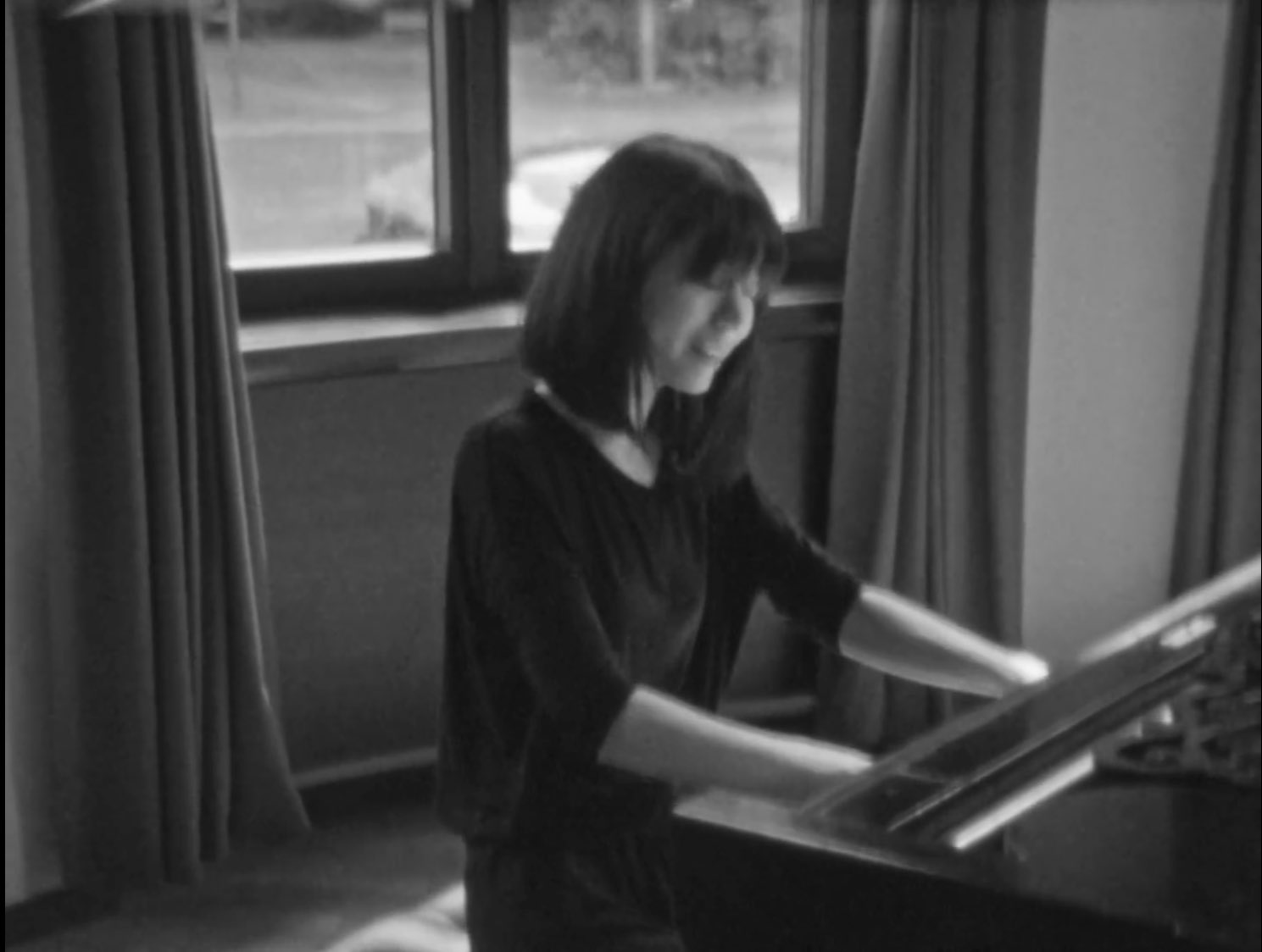 Reloaded twaddle – RT @AMusicland: Alice Sara Ott's plays Chopin on Richard Wagner's Steinway. Film...