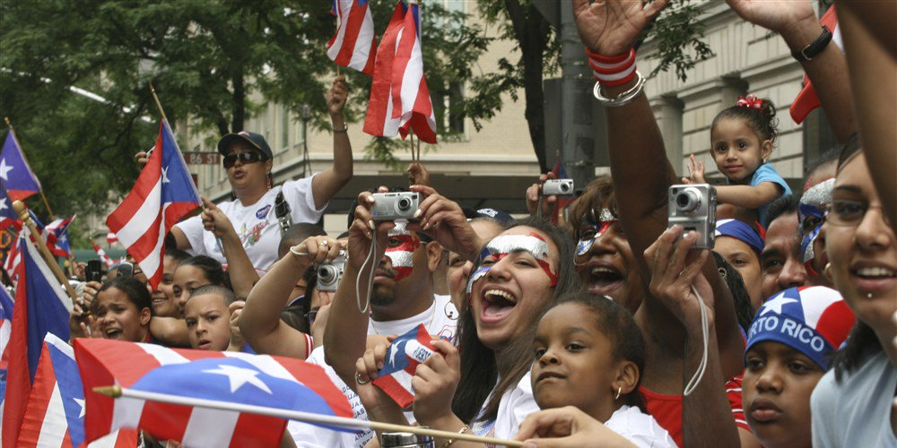 puerto ricans yesterday and today Despite their citizenship, puerto ricans are still unable to vote for the president of the united states and are only entitled to one congressional representative, a non-voting member of the house, even though they are under us sovereignty (internal affairs are decided by the puerto rican government.