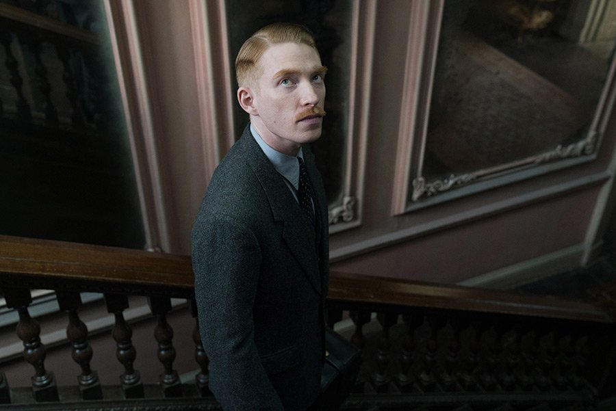 The Little Stranger, l'adaptation du roman de Sarah Waters DfVyJoWX4AA-Yy0