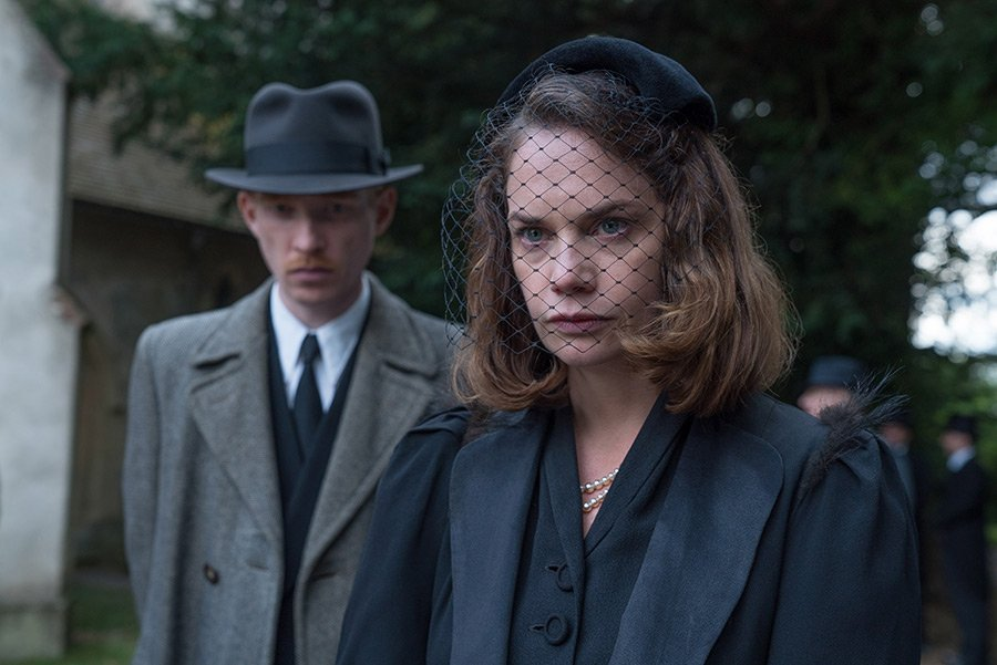The Little Stranger, l'adaptation du roman de Sarah Waters DfVyKSdXkAAKxeS