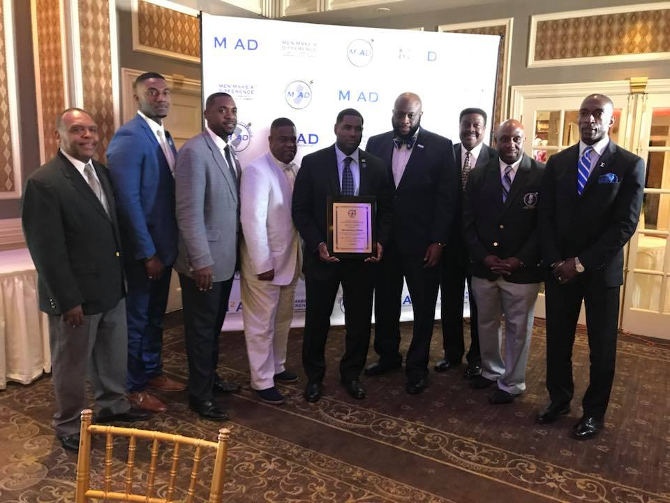 test Twitter Media - Join me in congratulating Bro. Abdulsaleem Hasan on being recognized as the Man of the Year by the Men that Make a Difference Organization. https://t.co/CJFUWoMFI5