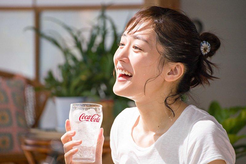 「コカ・コーラ」のCMの時の綾瀬はるか