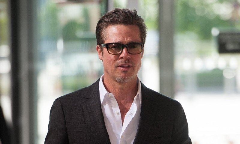 Brad Pitt celebra el Día del Padre con sus hijos en Londres. https://t.co/OevtCEt5ZM
