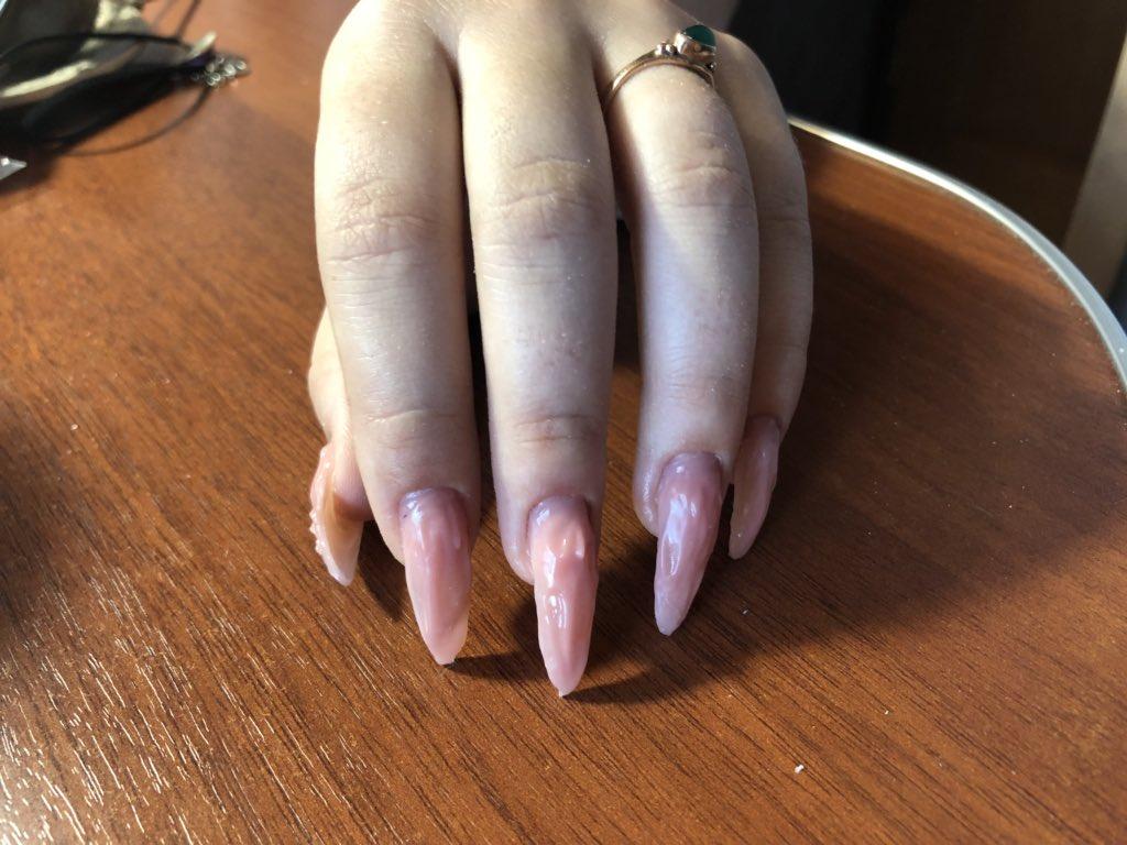 знал наращивание ногтей камуфляж фото сигаретой испортило