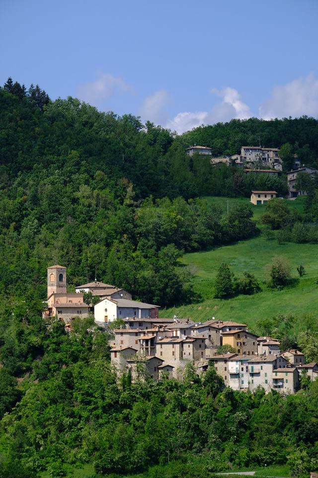 The Village of Montalbano (Zocca, Modena) in Emilia Romagna Region via @ModenaDintorni #travel #EmiliaRomagna #Italy #beautyfromitaly beautyfromitaly.it