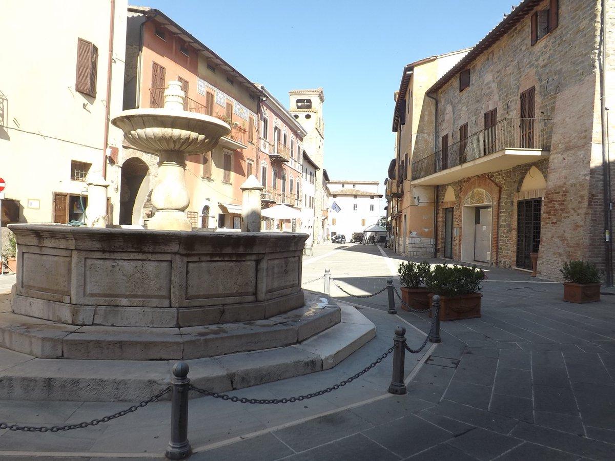 Deruta, Umbria via @LucaFrench #travel #Umbria #Italy #beautyfromitaly beautyfromitaly.it