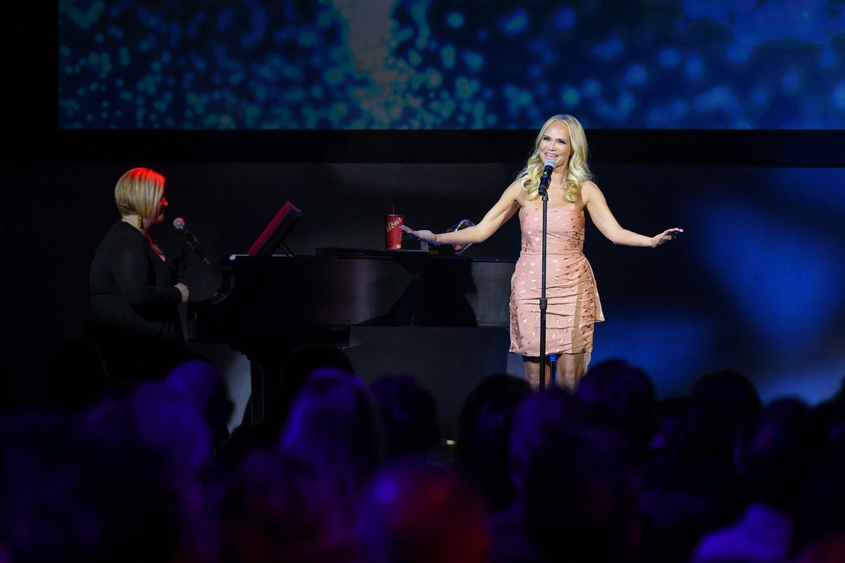 We couldn&#39;t have imagined a better #banffrockies2018 and it was all thanks to our extremely talented host @KChenoweth. Her talent and humour are infectious, as you can see from this clip:  https:// youtu.be/HNgwFAmTjbk  &nbsp;   Thank you for being our host for the night! #Banff2018 @NBCUniversal<br>http://pic.twitter.com/2Lq0wf8yml