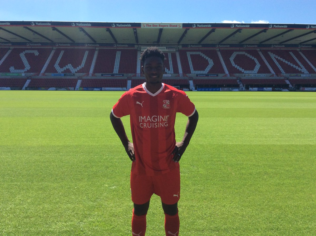 DONE DEAL 🤝 | We are delighted to announce the arrival of Jermaine McGlashan as our first signing of the summer! ⤵️ 👉 bit.ly/2I3JDfM #STFC #WelcomeJermaine