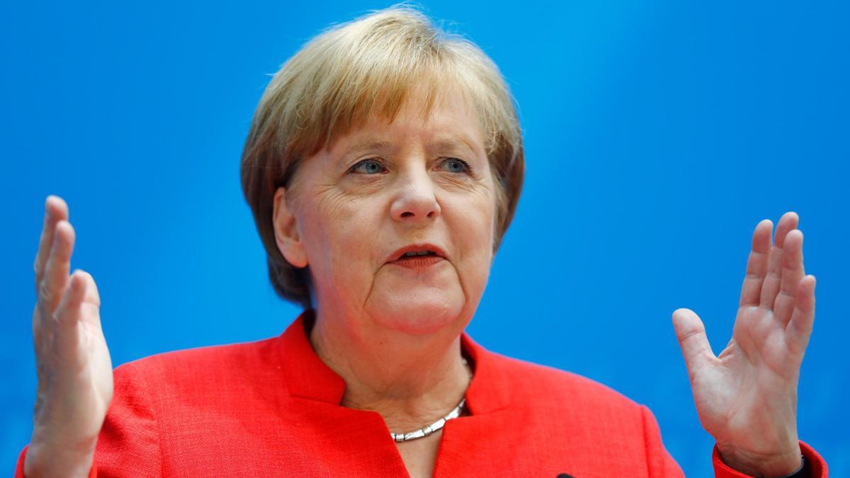 Angela Merkel zum Asylstreit: 'Dann ist das eine Frage der Richtlinienkompetenz' https://t.co/TCGj8cor5h