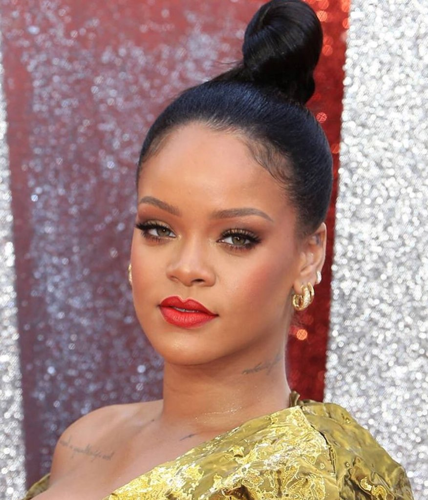 """Rihanna on Twitter: """"#Oceans8 is now playing in the UK ..."""