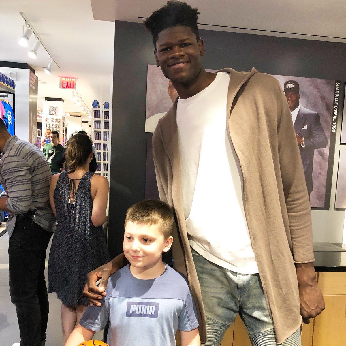 Mo Bamba makes some new friends at the @NBASTORE! #NBADraft - Thursday at 7pm/et
