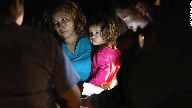 """Photos of a crying 2-year-old girl are quickly becoming the human face of President Trump's new """"zero-tolerance"""" immigration policy https://t.co/DufatDBeEK"""