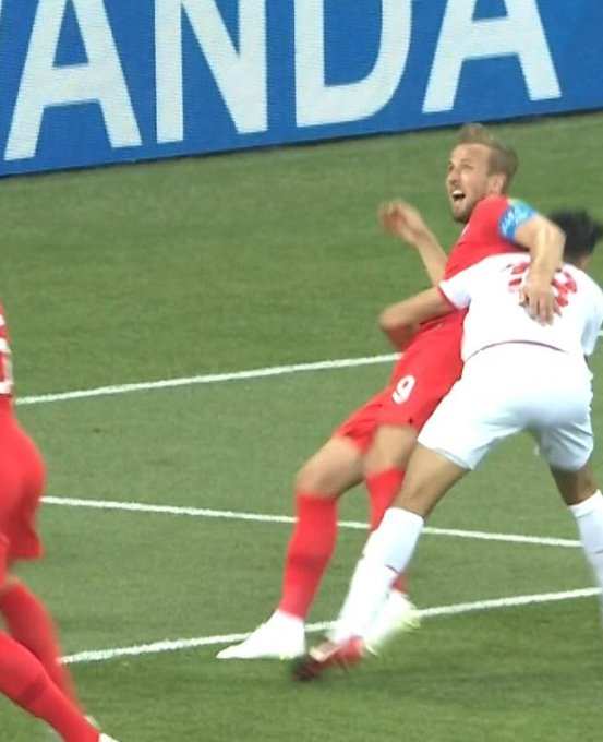 Going to give the Tunisian defender the benefit of the doubt and assume he was trying to save Harry Kane from a giant flying insect. #ENG #worldcup Photo