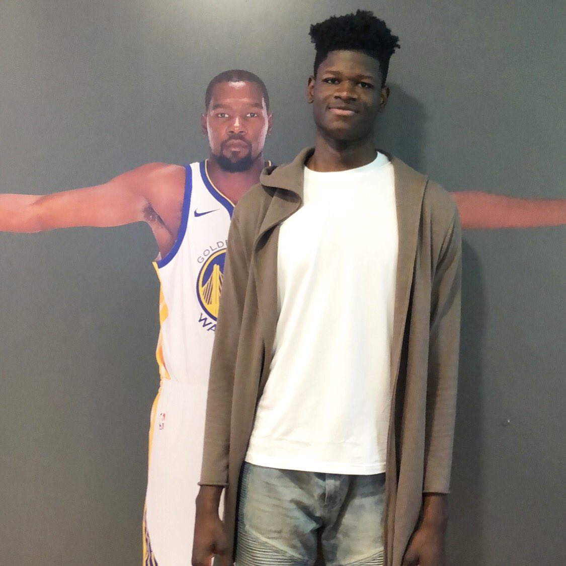 Two @TexasMBB Longhorns.  Finals MVP Kevin Durant & #NBADraft Prospect Mo Bamba! https://t.co/4vrh2aPBPN