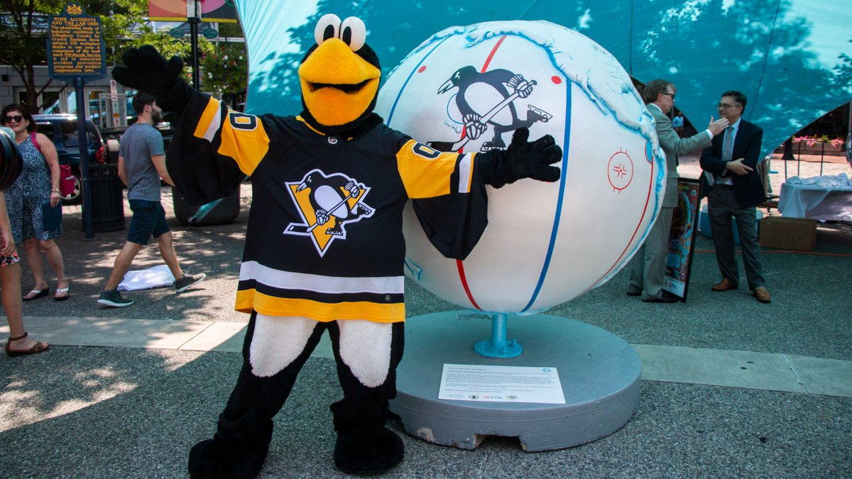 It's 92° and our friend Iceburgh is very toasty.  Headed downtown? Be sure to check out the 'Public Art with a Purpose' exhibit which features a Penguins-themed globe to help raise awareness for climate change. 🌎