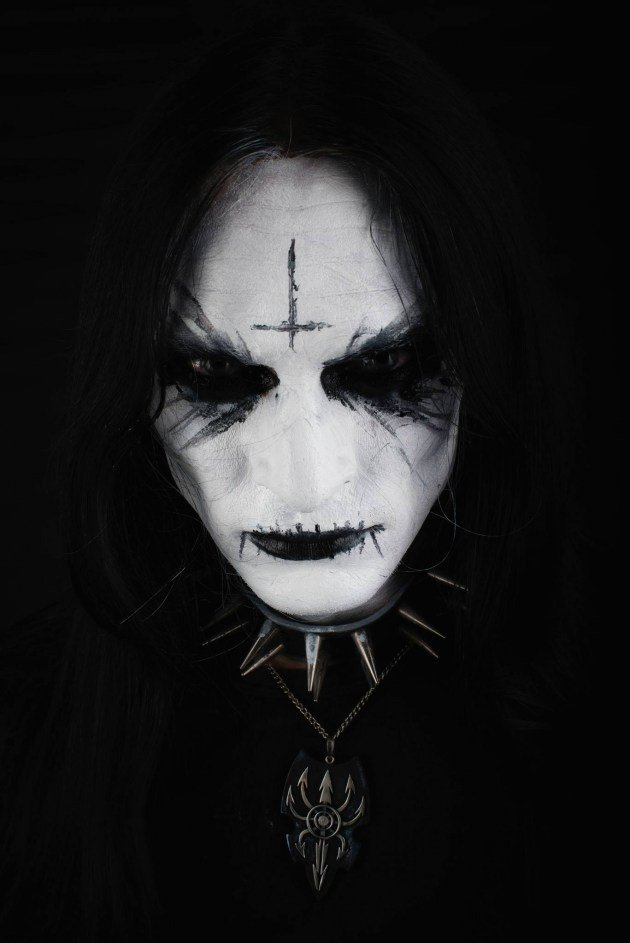 Abbath bassist uncool with Christian-related lyrics, leaves black metal band. https://t.co/2onp3fGlCC https://t.co/eboWdwBev7