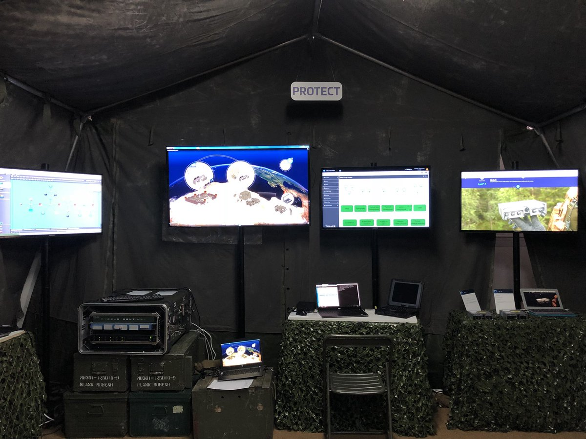 افتتاح معرض  Eurosatory 2018 الدولي للدفاع والأمن بباريس DfaO7J6WAAAaerd