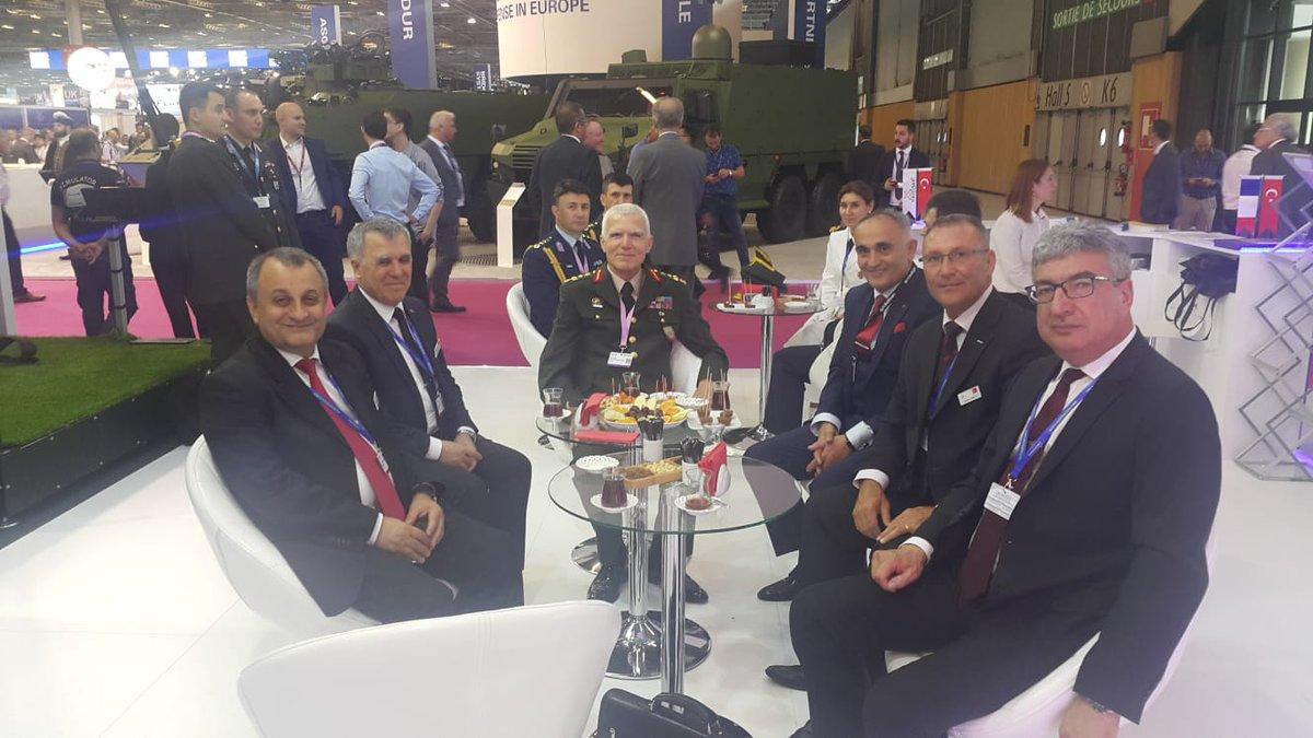 افتتاح معرض  Eurosatory 2018 الدولي للدفاع والأمن بباريس DfaQX3MWAAEsVDi