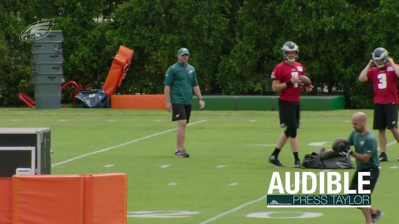 Listen in as QB coach Press Taylor was mic'd up for our latest Audible segment.  #FlyEaglesFly https://t.co/JsQZS0hinV