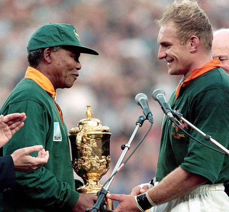 On this day in 1995...  Nelson Mandela presented South Africa captain Francois Pienaar with the World Cup trophy after a 15-12 victory over New Zealand 🏆