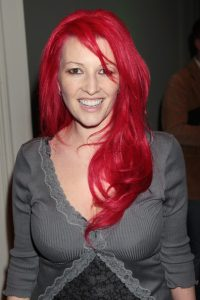 HBO has greenlit the first of the GoT successor shows, scripted by the amazing Jane Goldman. To clarify, what we have here is a pilot order, not as yet a series order. Everybody else has already broken the news, but you can follow the link to read on ow.ly/AAyp30kqQfq