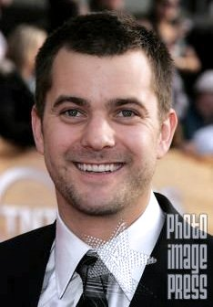 Happy Birthday Wishes going out to Joshua Jackson!