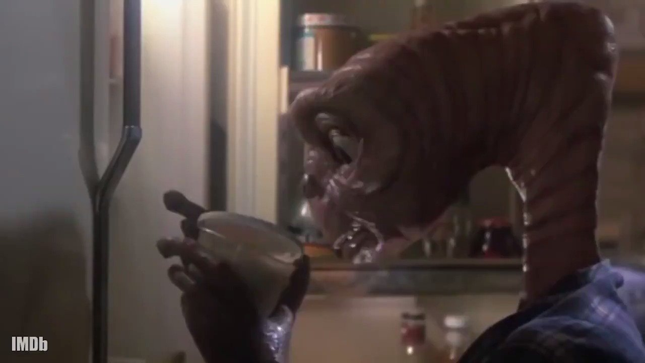 36 years ago, this Extra-Terrestrial phoned home! If anyone does #IMDbrunch right, it's #ET. ☕️�������� https://t.co/E35d2an9r8