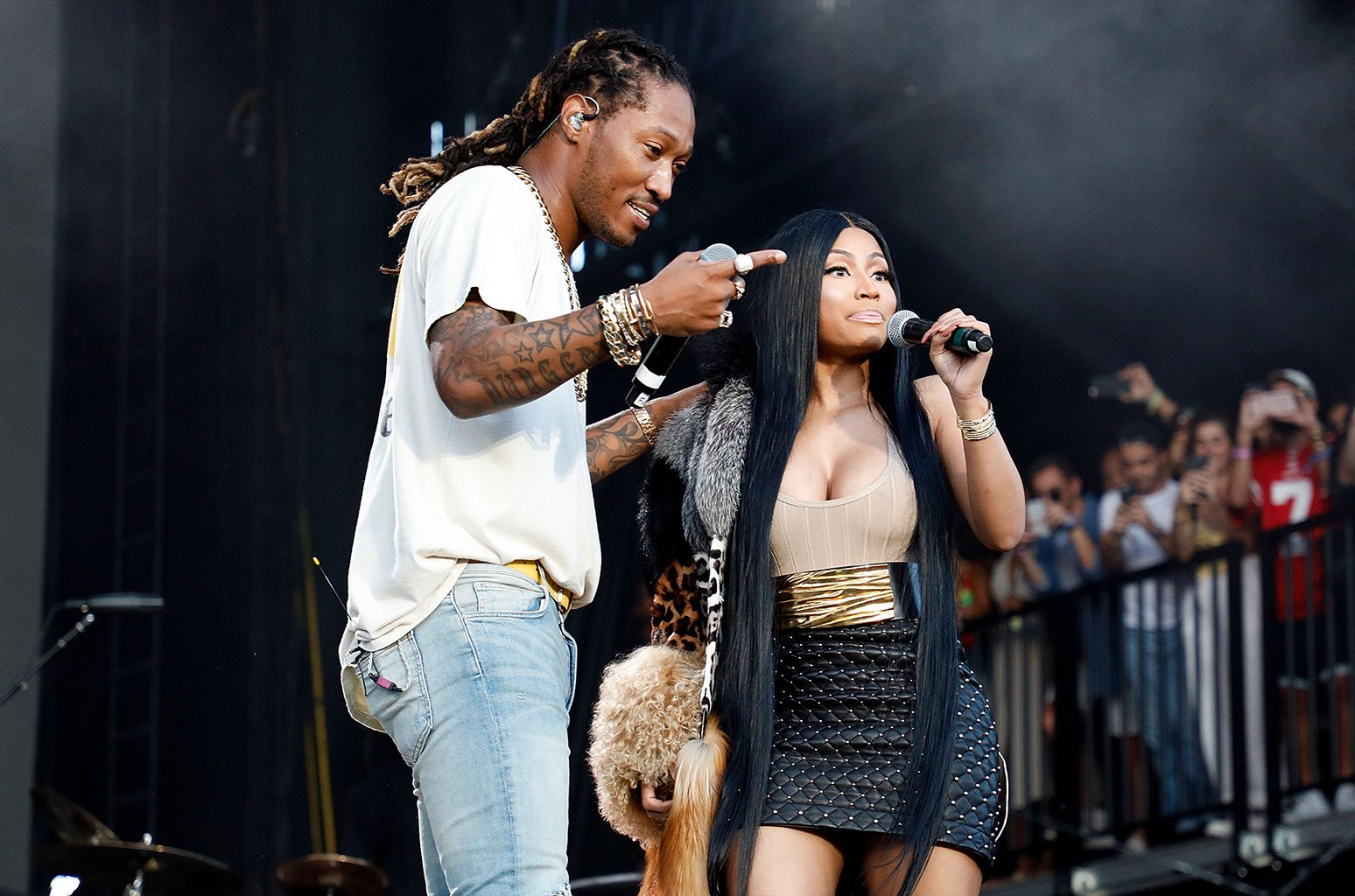 Nicki Minaj announces NICKIHNDRXX tour featuring Future https://t.co/epR0Gda5Br https://t.co/TRCD8mDfES