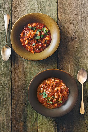 Slow-Cooker Chicken and White Bean Chili #recipe https://t.co/tm28Icl2wZ https://t.co/cOA826KK8j