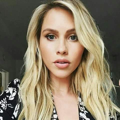 Happy Birthday  beautiful  CLAIRE HOLT